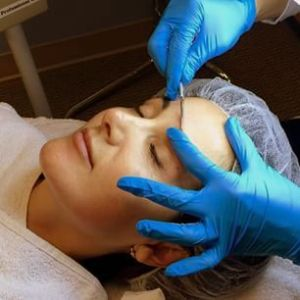dermaplaning photo fixed